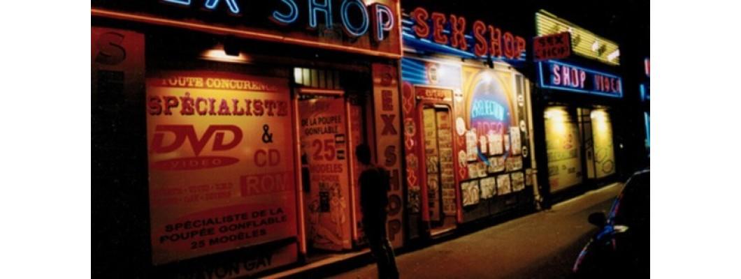 Kadınlar erkekleri seks shop'a alışverişe gönderiyor